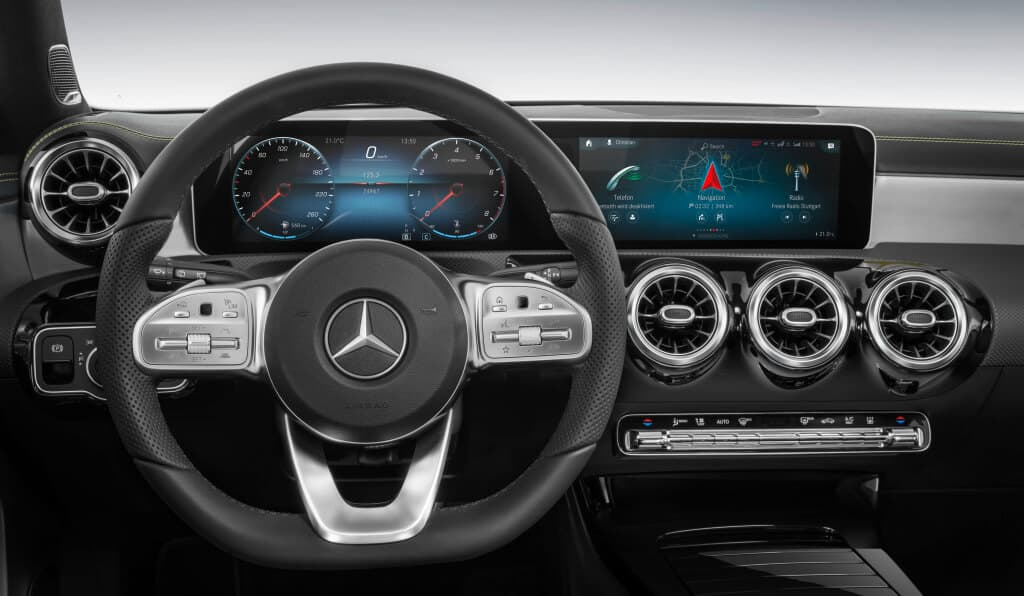 Mercedes-Benz Dinamica vegan dashboard