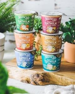 Nancy's Oat milk yogurt Medium