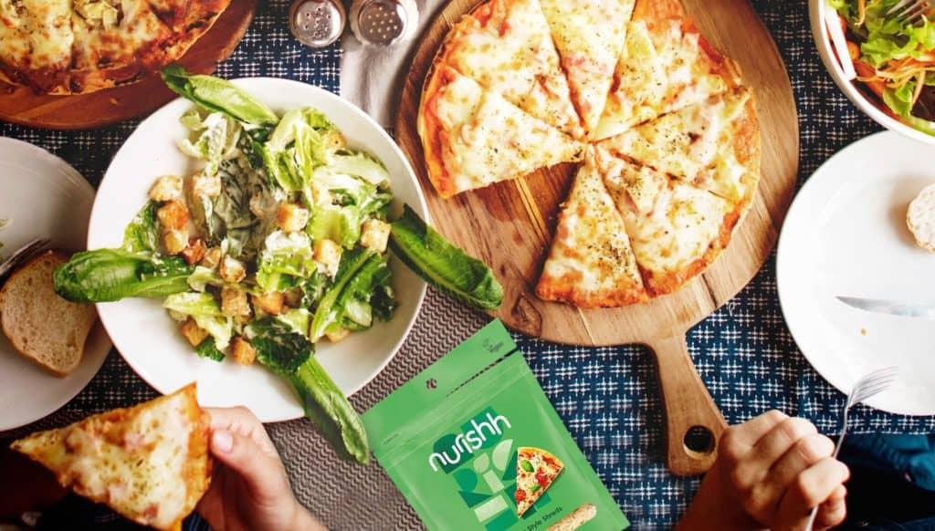 Pizza with Nurishh Mozzarella Style Shreds