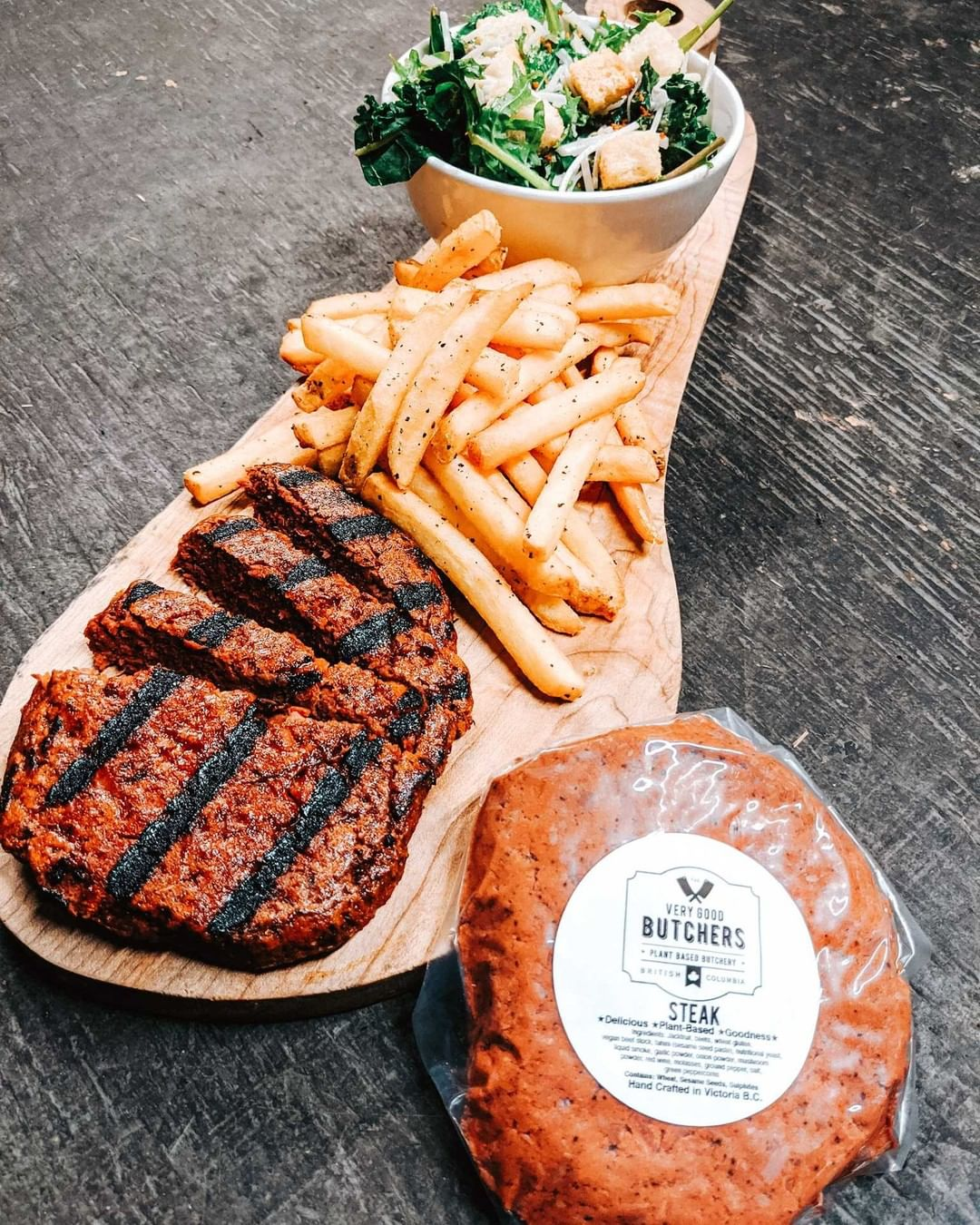 Very Good steak with fries